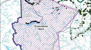 Little Bobtail Lake Fire Evac May 24