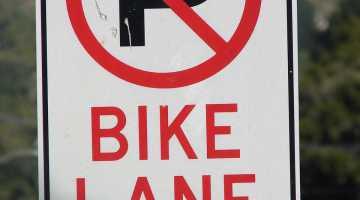 Sign-no-parking-bike-lane1