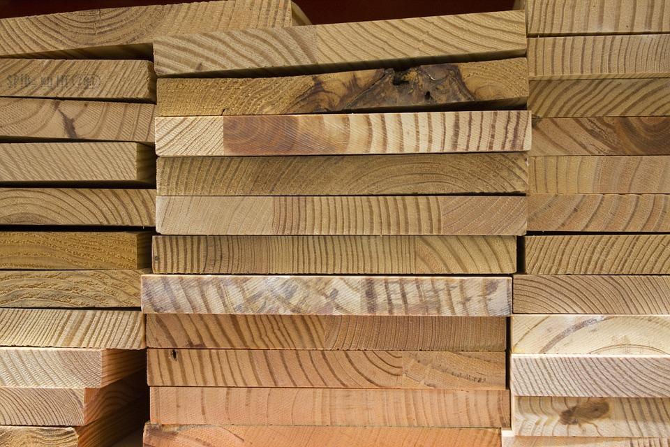 Canada reports progress with U.S. on lumber,