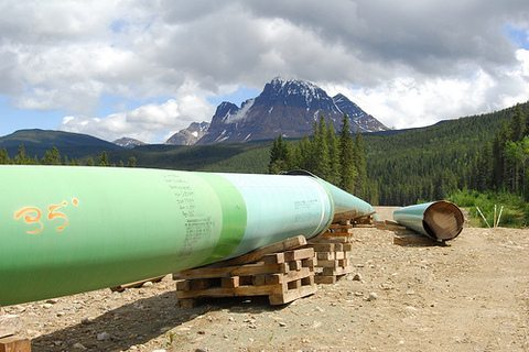 Prime Minister promises to make Trans Mountain Pipeline happen